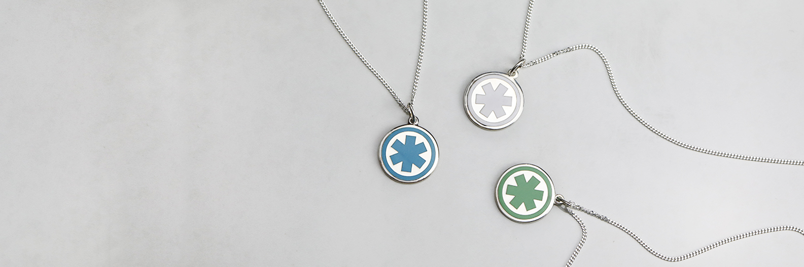 """<span style=""""color: #0c70af""""><strong>Stylish Pendants</span></strong></br><span style=""""color: #000000;"""">for Everyday Wear</span><br/>"""